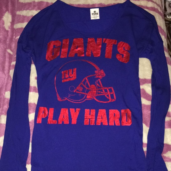 6f4d99c21 VS PINK New York Giants NFL Long Sleeve. M 5a3d48e0fcdc31bb37023f8f